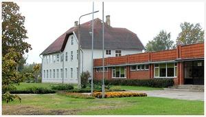 Daugmales pamatskola
