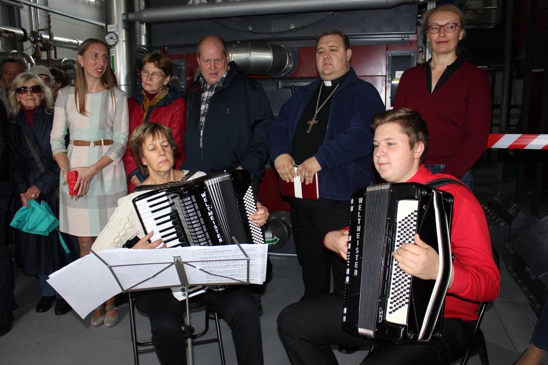 Muzikālu priekšnesumu sniedza Dzintra Linde un Kārlis Kristaps Šteinbergs