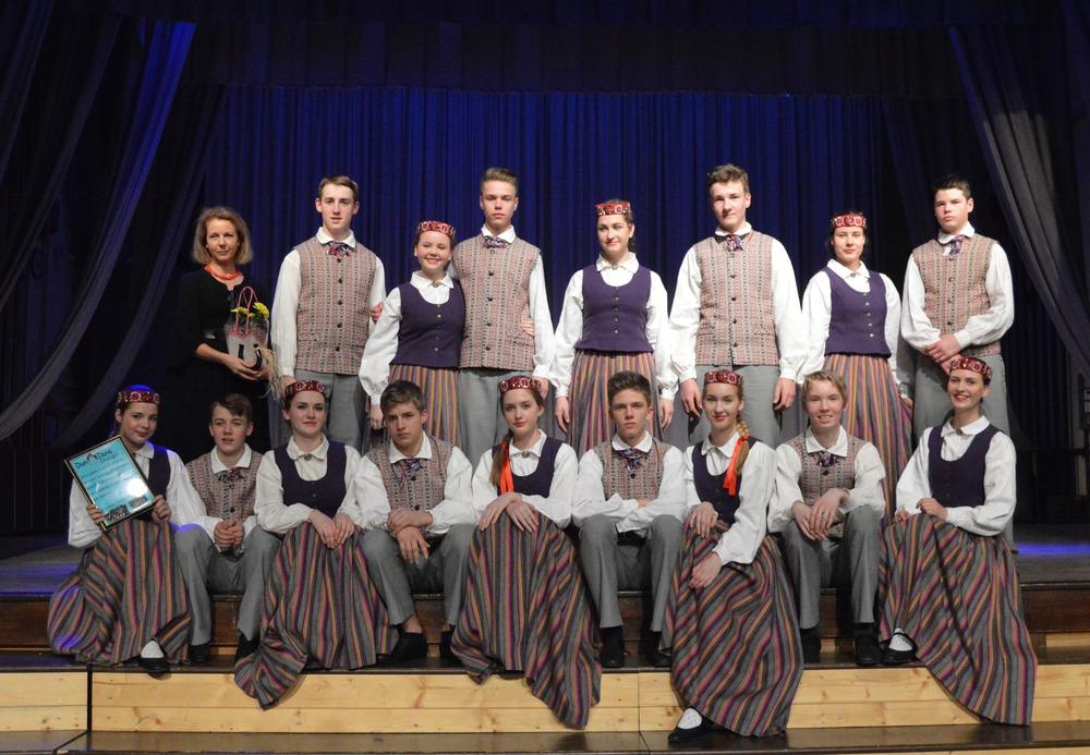 Kandavas novada jauniešu deju kolektīvs