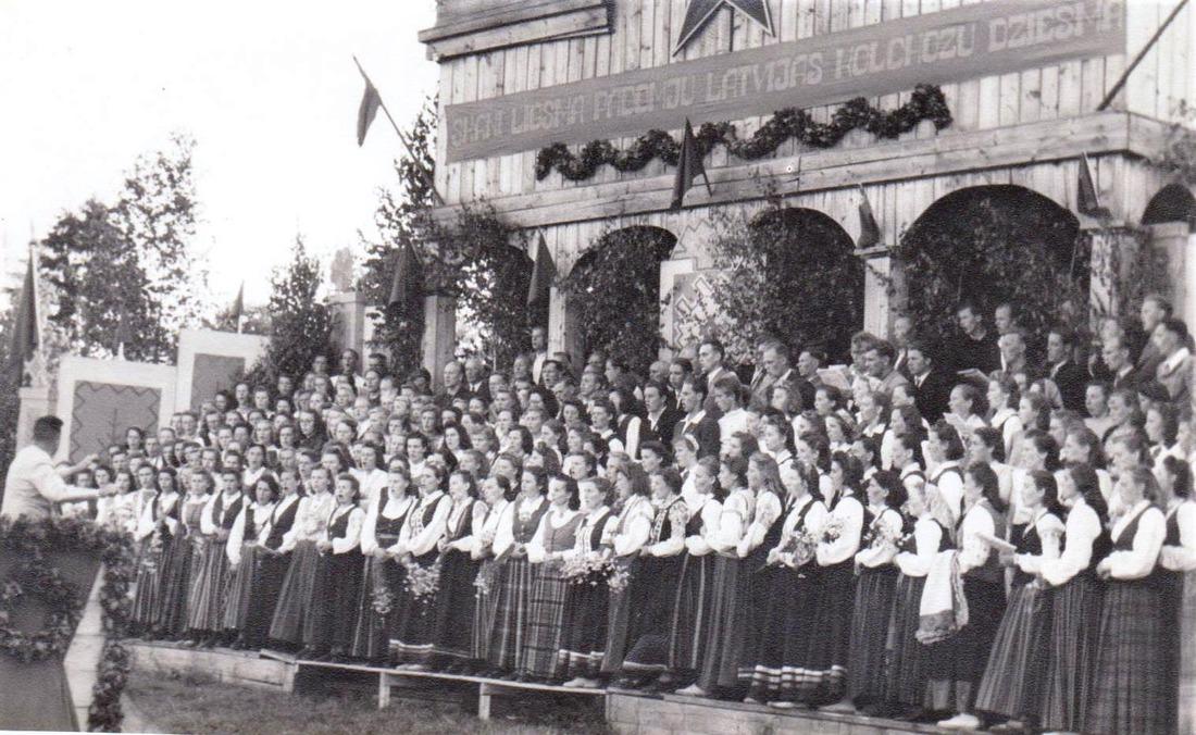dziesmu_svetki_1951_gads.jpg