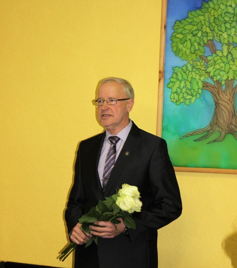 Kandavas novada domes priekšsēdētājs   Alfreds Ķieģelis