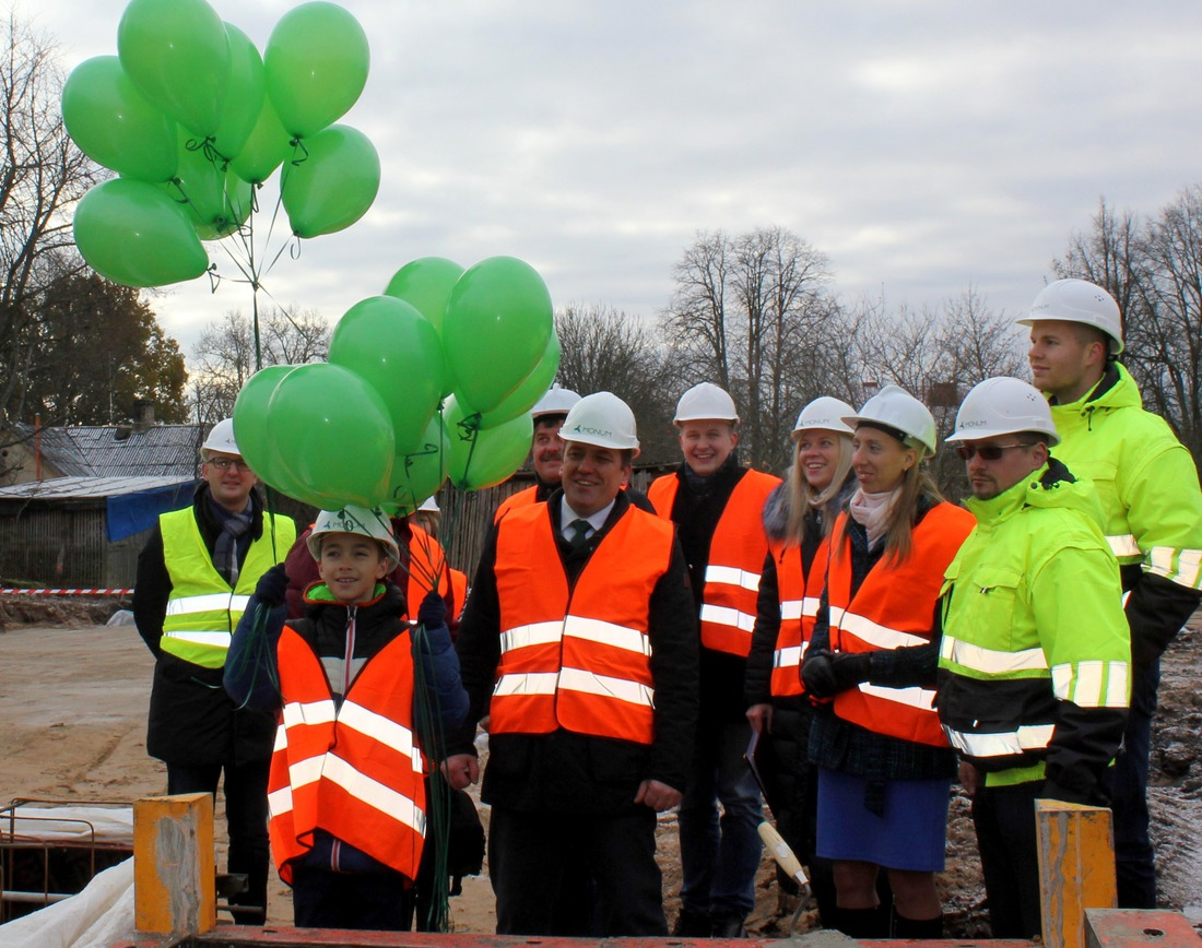 Lai mūsu labās domas par novada zaļāku nākotni paceļas debesīs kopā ar baloniem!