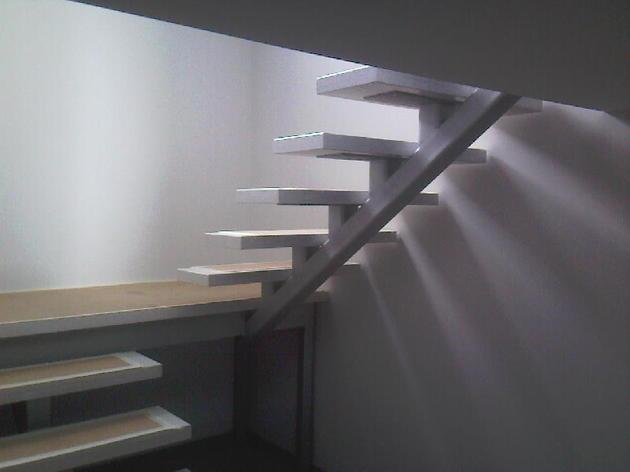 kāpnes_jurmalā.jpg