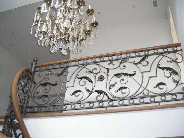 metala-dekorativas-margas.jpg
