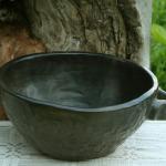 Bļodiņa. Augstums 10,3 cm, diametrs 23 cm.Keramikas bļoda