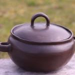 SAUTĒJAMAIS TRAUKS. PODS. TERĪNE.Svēpētā keramika, slāpētā keramika, melnā keramika, roku darbs, hand made, craftman, ceramica, food fired, Latvia, Kandavas keramikas ceplis