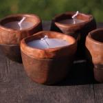 Svečturi ar sveci. Keramika.