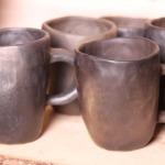 kRŪZES. KRŪZĪTES.Svēpētā keramika, slāpētā keramika, melnā keramika, roku darbs, hand made, craftman, ceramica, food fired, Latvia, Kandavas keramikas ceplis