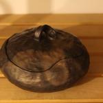 Pārdots. Mazā terīna . Var izmantot edien(zupas servēšanai) vai ediena gatavošanai (kā sautējamo truaku) 21e,15ls
