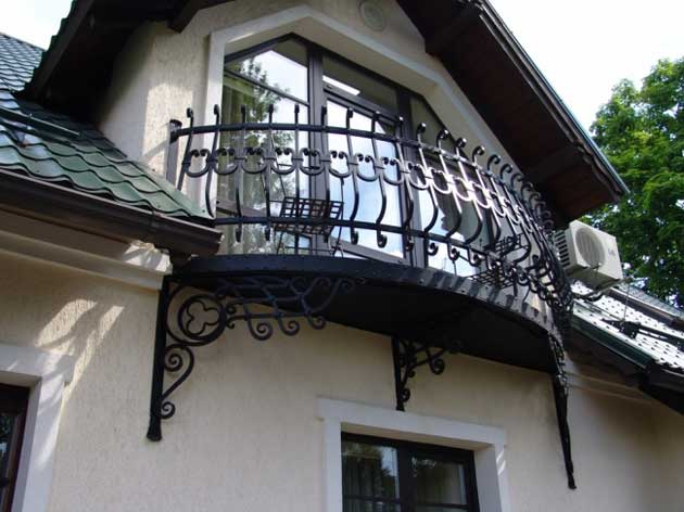 Met lkal js metal working french balconies br v bas for French balcony design