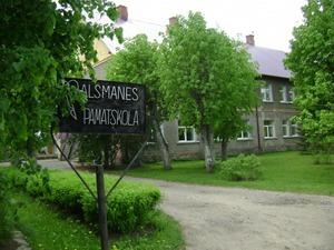 Palsmanes pamatskola