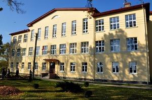 Salienas vidusskola