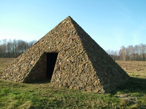 lauku_turisms_e_piramida.jpeg