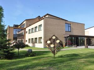 Svētes pamatskola