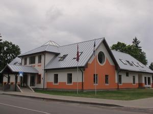 Valkas mākslas skola
