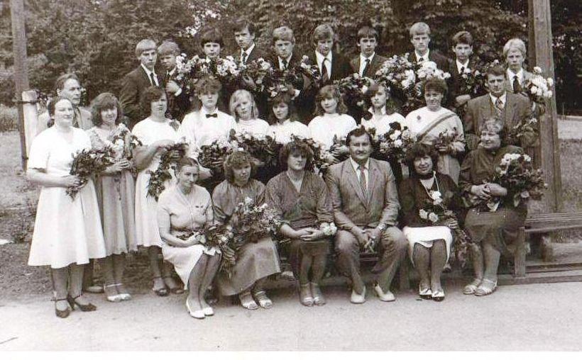 Vānes skolas izlaidums 1986