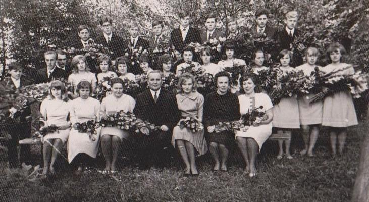 Vānes skolas izlaidums 1967