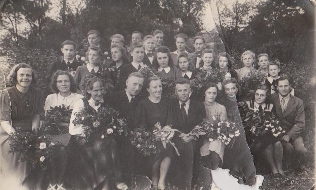 Vānes skolas izlaidums 1947
