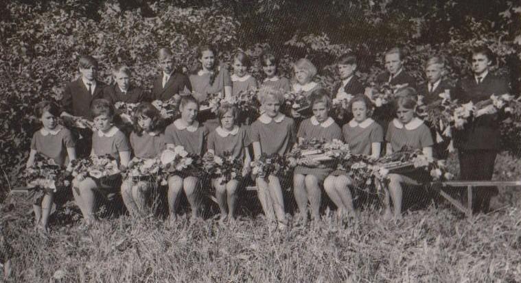 Vānes skolas izlaidums 1969