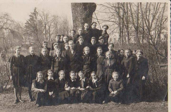 Vānes skolas izlaidums 1955