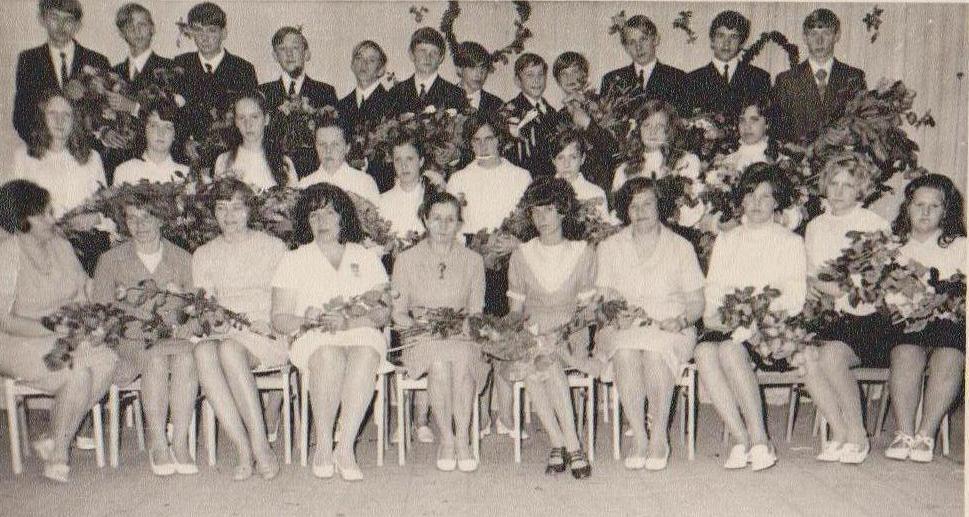 Vānes skolas izlaidums 1973