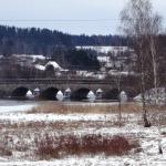 Latvijā vecākais no laukakmeņiem būvētais tilts atrodas Kandavā. 2017.gada 8.marts. Foto: Anda Štrausa