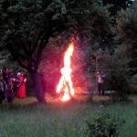 2012.gads. Jāņu ugunskurs Valdeķos. Foto: Jānis Kamerāds