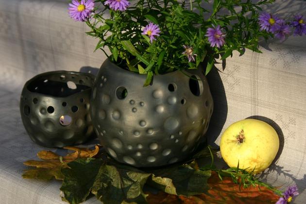 Melnā keramika